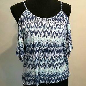 NEW! Flowy open shoulder blouse